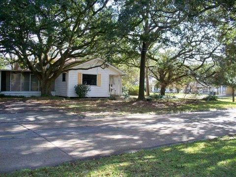 1621 2nd Ave, Lake Charles, LA 70601