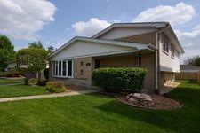 4605 W 102nd St, Oak Lawn, IL 60453