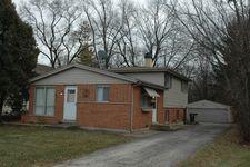 711 E Main St, Barrington, IL 60010