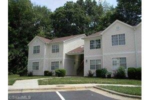 4219 Edith Ln, Greensboro, NC 27409