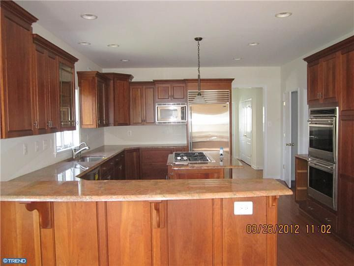 kitchen cabinets in bathroom 308 diguiseppe dr bristol pa 19007 realtor 174 19007