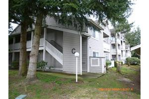 215 100th St SW Apt C102, Everett, WA 98204