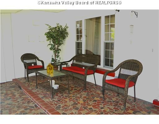 304 John St Cedar Grove Wv 25039, Cedar Grove Furniture Wv