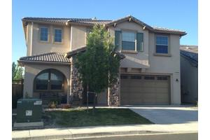 7275 Windswept Loop, Sparks, NV 89436