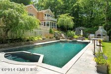 9 Stallion Trl, Greenwich, CT 06831