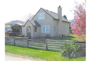 1508 Maple St, Wenatchee, WA 98801