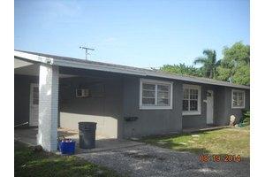 2735 Meadow Rd, West Palm Beach, FL 33406