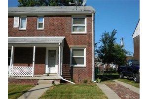 6639 Manor St, Dearborn, MI 48126