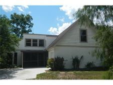 561 7th St Nw, Naples, FL 34120