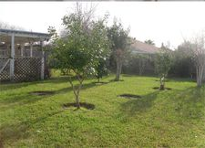 2414 Pilgrims Point Dr, Webster, TX 77598