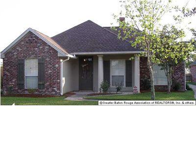 10437 Springcrest Dr, Baton Rouge, LA