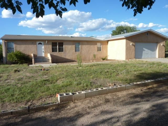 1471 Fairview Ln Espanola, NM 87532