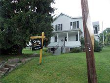 39 Walnut Ave, Dunbar, PA 15431