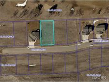1403 Jack Nicklaus Dr, Elk Point, SD 57025