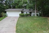 6201 Coldwater Ct, Raleigh, NC 27612