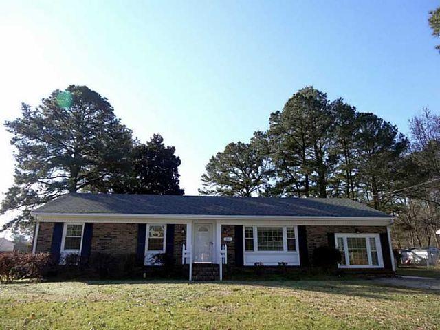 2413 River Oaks Dr, Chesapeake, VA