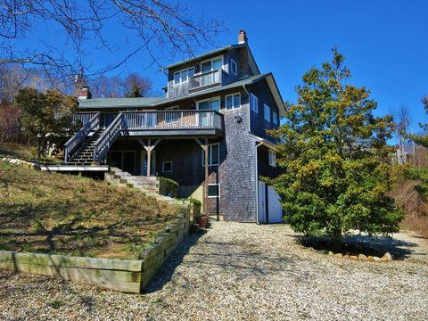 359 Old Montauk Hwy, Montauk, NY 11954
