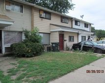 13706 S Eggleston Ave, Riverdale, IL 60827