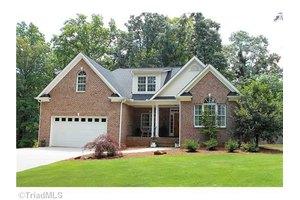 5559 Murphy Rd, Summerfield, NC 27358