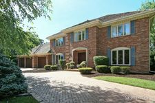 282 Lakewood Cir, Burr Ridge, IL 60527
