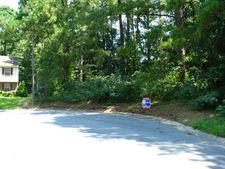 705 Truman Ct, Kinston, NC 28501