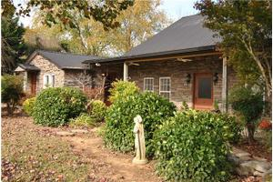 4733 Jones Chapel Rd, Cedar Hill, TN 37032
