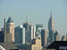 491 Fulton Ct, West New York, NJ 07093
