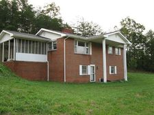 224 Lower Hatcher Creek Rd, Stanton, KY 40380