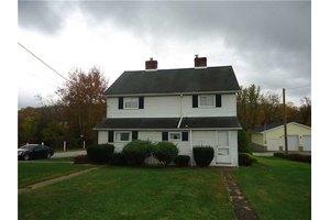 255 Thomas St, Mount Pleasant Township, PA 15621