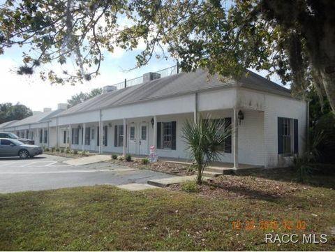 9030 W Fort Island Trl, Crystal River, FL 34429