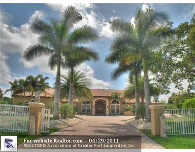 4392 Nw 100th Ave, Coral Springs, FL