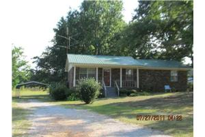 1643 Samaria Rd, Clanton, AL 35045