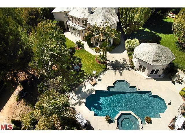 24 Beverly Park Ter, Beverly Hills, CA 90210