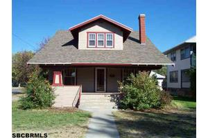 1423 4th Ave, SCOTTSBLUFF, NE 69361