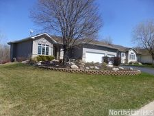 15015 Oakcrest Ct, Savage, MN 55378