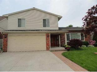 22506 Maple, Saint Clair Shores, MI.