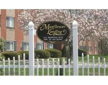 66 Mayflower Ave Apt 11, Middleboro, MA 02346