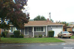 27 E Ellis St, Stockton, CA 95204