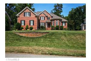 8234 William Wallace Dr, Summerfield, NC 27358