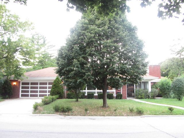 """Résultat de recherche d'images pour """"8424 Kilpatrick Avenue Skokie, IL 60076"""""""