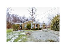 223 Madison Ave, Hopwood, PA 15445