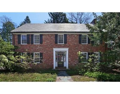 32 Lowell Rd, Brookline, MA