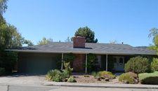 6840 Oak Leaf Dr, Santa Rosa, CA 95409