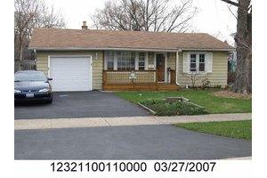 204 E Dickens Ave, Northlake, IL 60164