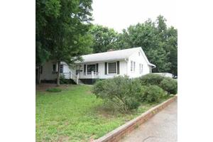 209 California Ave, Spartanburg, SC 29303