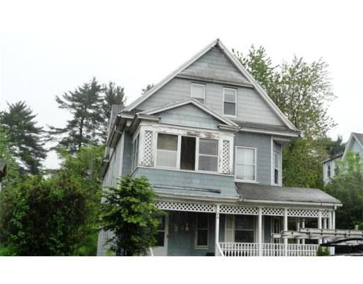 94 Monmouth St, Springfield, MA 01109