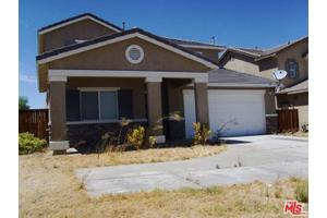 13206 Mesa View Dr, Victorville, CA 92392