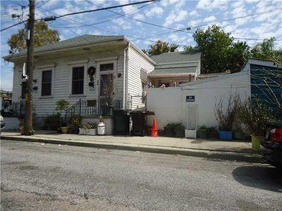 1011 Toledano St, New Orleans, LA