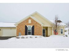 205 Maryview Dr, Webster, NY 14580