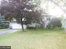 7725 Regent Ave N, Brooklyn Park, MN 55443